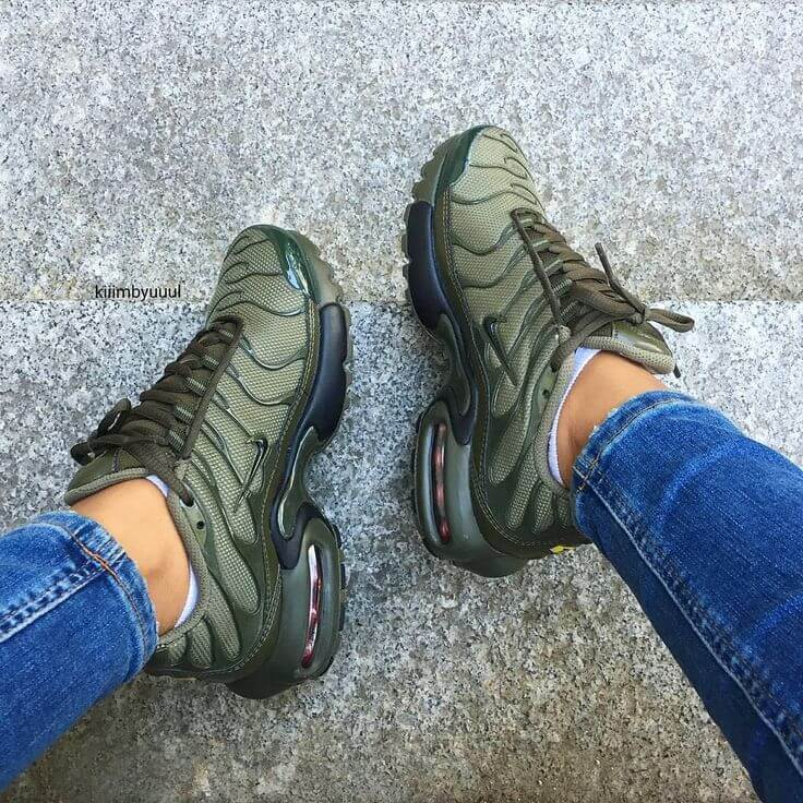 best service a317a 62a66 Top 10 Dashing Nike Air Max Plus Sneakers - Page 7 of 10 ...