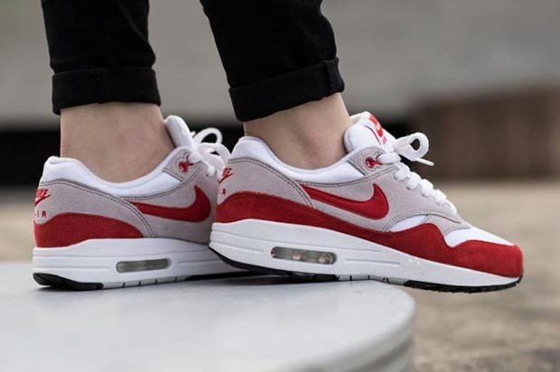 "the latest b07c2 76967 Nike Air Max 1 Anniversary ""Sport Red"" Back in Business ..."