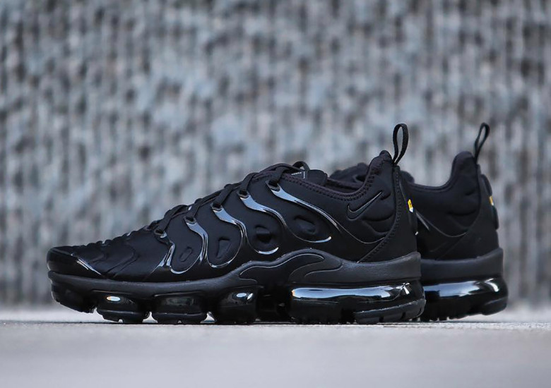 promo code 0c35c eff07 Have a Look at The Nike Air VaporMax Plus Triple Black ...