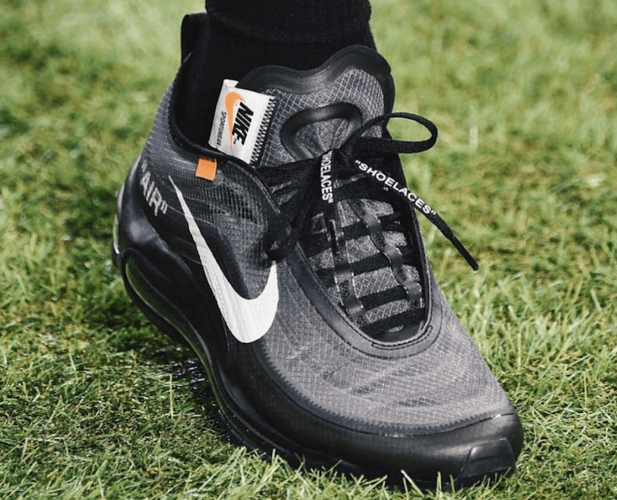 watch b7e3f 866ad Virgil Abloh Showcases His Upcoming Off-White X Nike Air Max ...